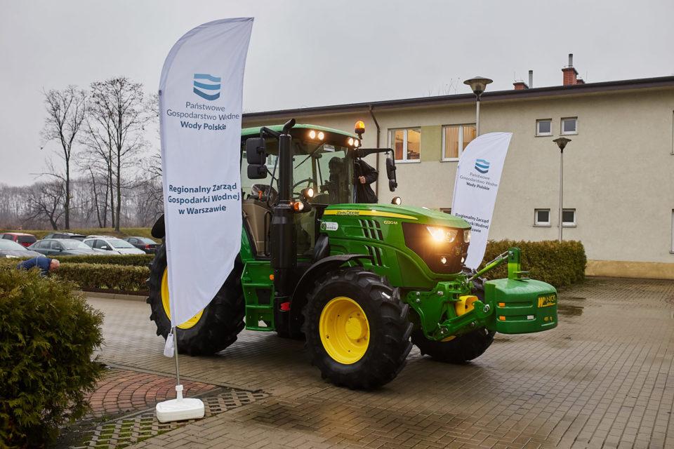 Nowoczesne ciągniki dla gospodarki wodnej w Polsce